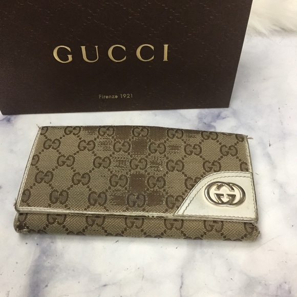 a230a534da86 Gucci Bags | Gg Tan Canvas Long Snap Wallet | Poshmark
